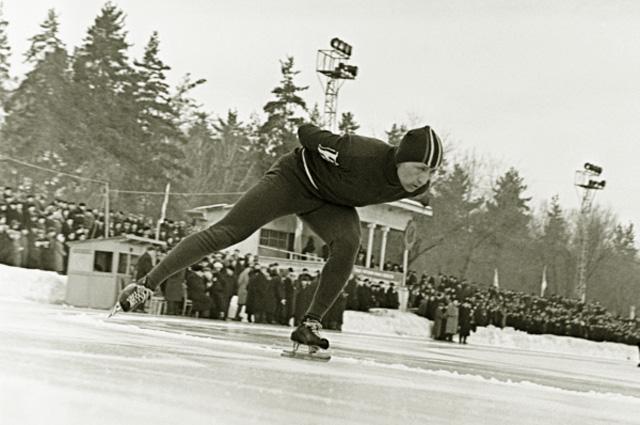 По скользкому льду. Как Сталин спортсменов побеждать учил