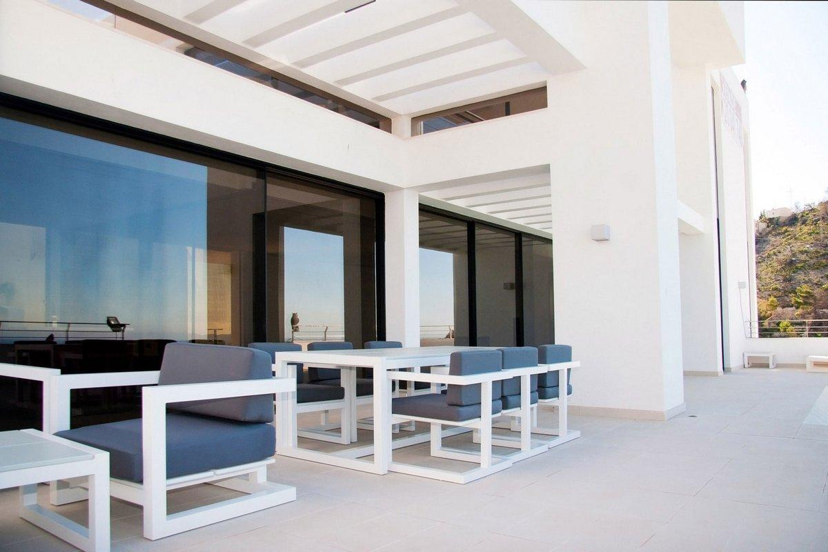Carlos Gilardi, Аликанте, Испания, белоснежная вилла, особняк на берегу Средиземного моря, потрясающий вид из окон частного дома, La Perla Del Mediterraneo