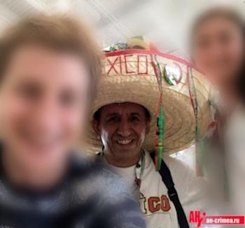 В Крым прибыли болельщики из Мексики и  Южной Кореи