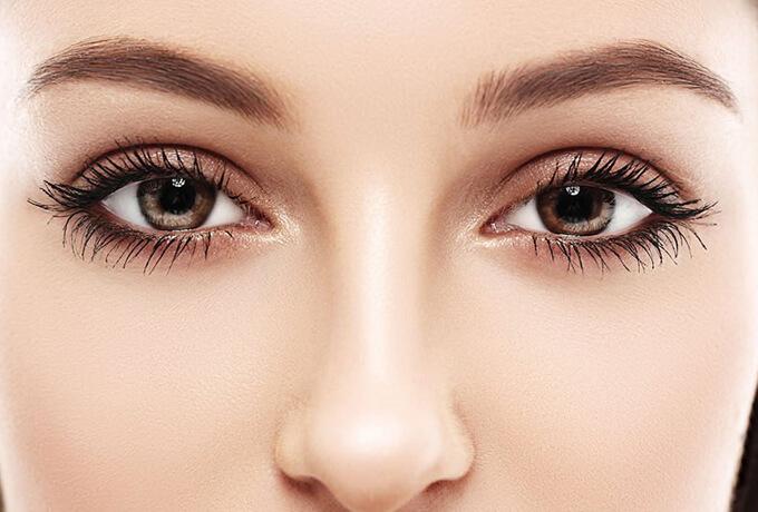 Почему люди с карими глазами…