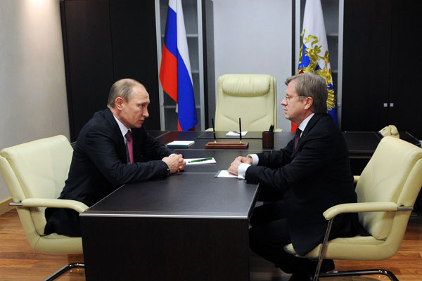 Путин призвал продолжить практику низких тарифов на авиарейсы