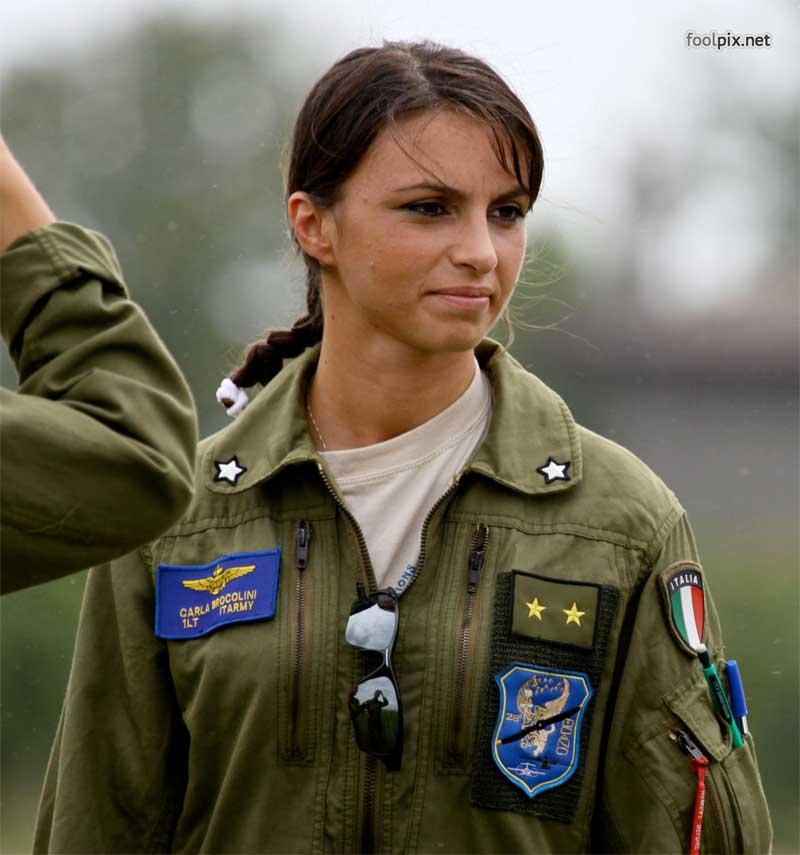 Девушки на службе в армии фото 65