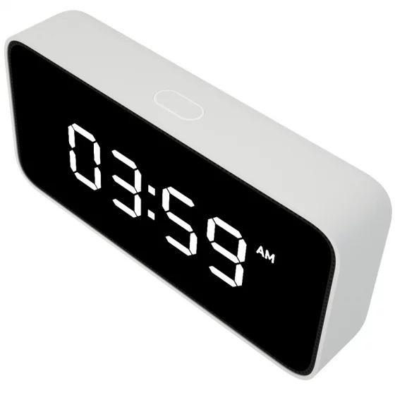 Умная колонка Xiaoai Smart Alarm Clock от Xiaomi похожа на электронный будильник
