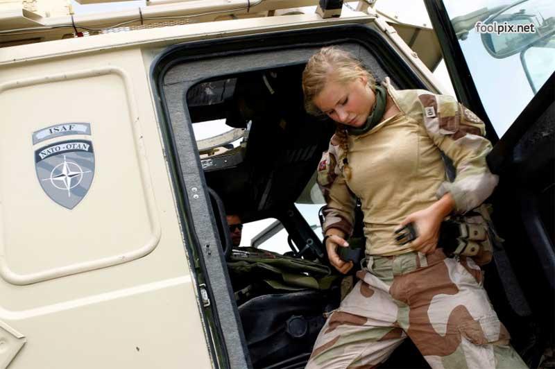 Девушки на службе в армии фото 64