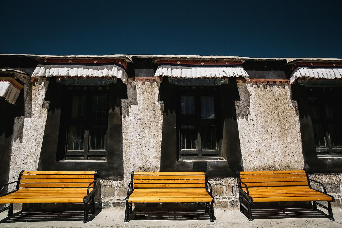 shigadze07 В поисках волшебства: Шигадзе, резиденция Панчен ламы и китайский рынок