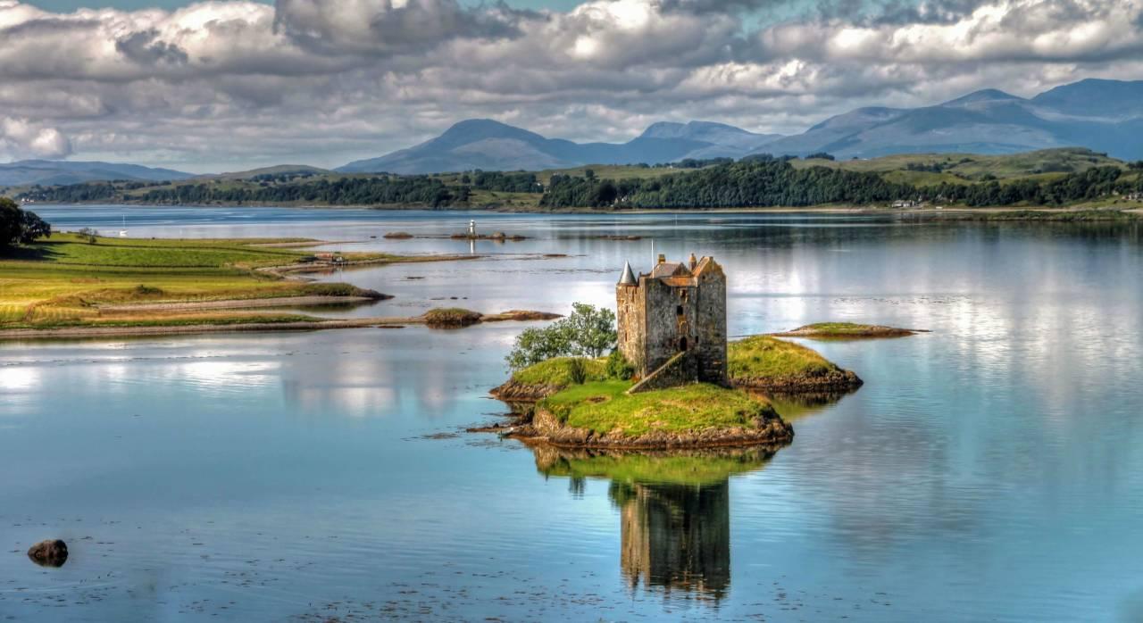 Замок Сталкер (Шотландия). Когда руины могут выглядит шикарно