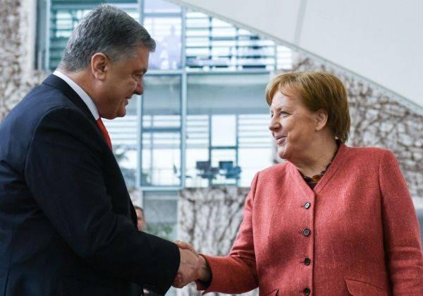 Порошенко в Германии: кукушка хвалит Петюха