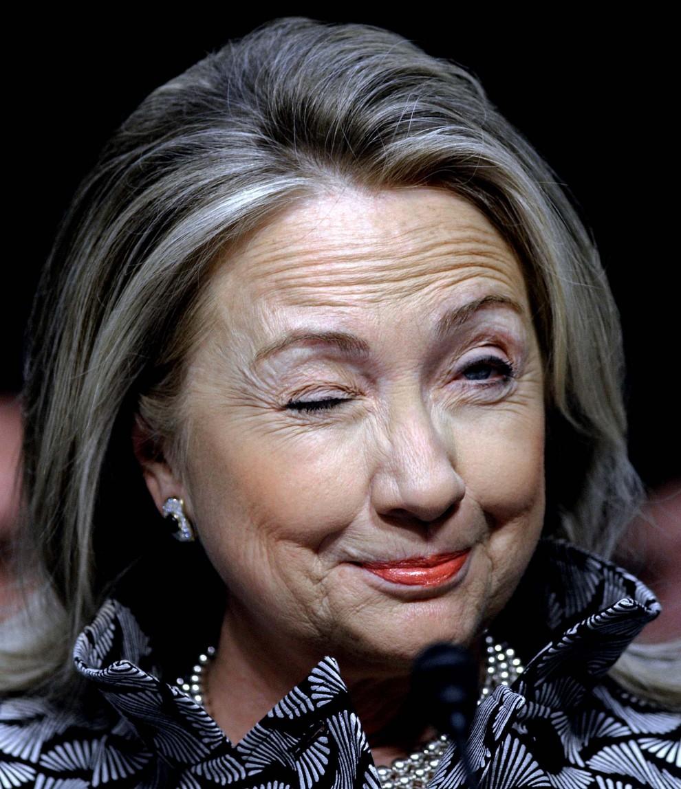Хиллари Клинтон призналась, что на спор пила водку с Джоном Маккейном