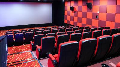 Владельцы кинотеатров попросили Путина не вводить НДС на билеты
