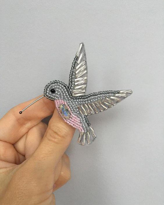 Креативные бисерные броши для вдохновения