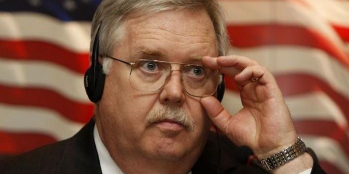 Посол США в России рассылает журналистам письма о гибели мирных сирийцев