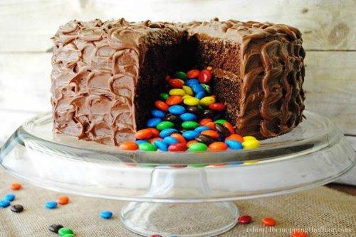 торт  с сюрпризом4 (500x334, 159Kb)
