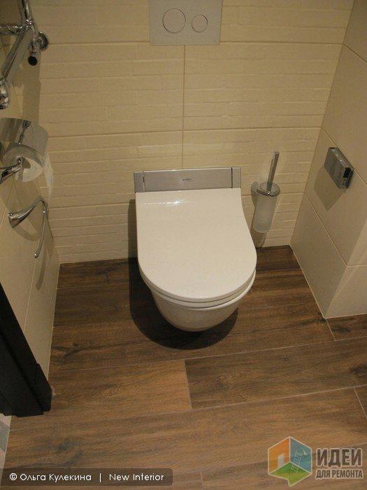 Интерьер ванной комнаты, унитаз с биде toto