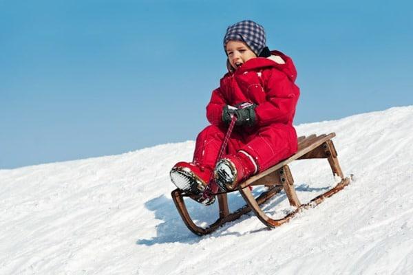 Родители в шоке: Порошенко предложили перенести летние каникулы на зиму