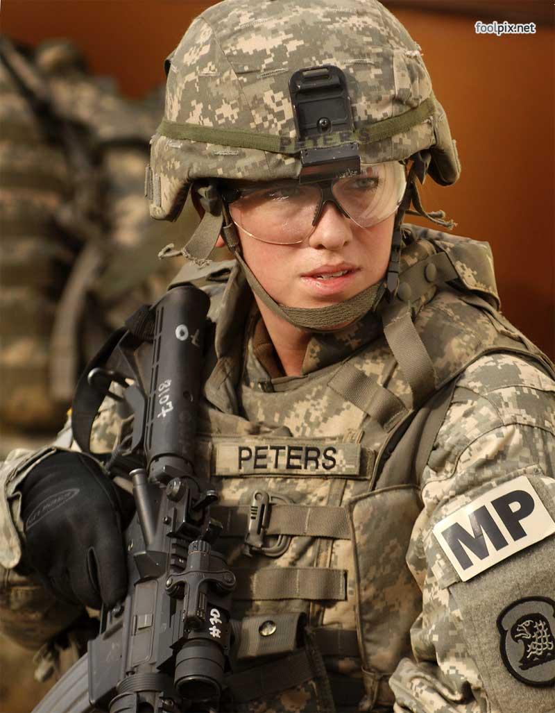 Девушки на службе в армии фото 59