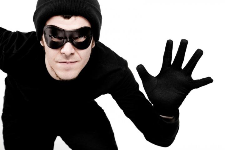 В Симферополе ограбили магаз…