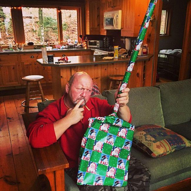 """""""Сюрприииз!""""... упаковывая новогодние подарки...)) фото...))"""