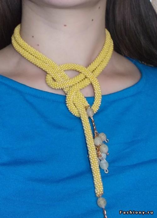 Вязание бисерного жгута полустобиком
