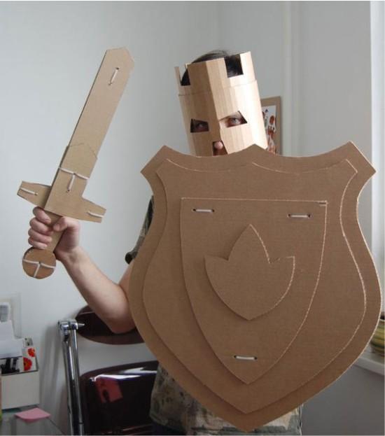 Костюм рыцаря из картона