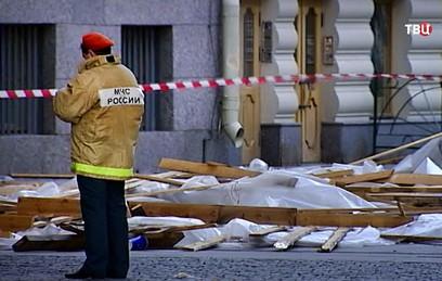 В российских регионах устраняют последствия сильной грозы