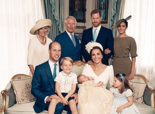 Семья Кейт Миддлтон празднует рождение малыша
