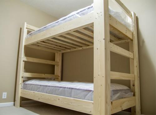 Как сделать двухъярусную кровать — видео руководство от Джея Бейтса