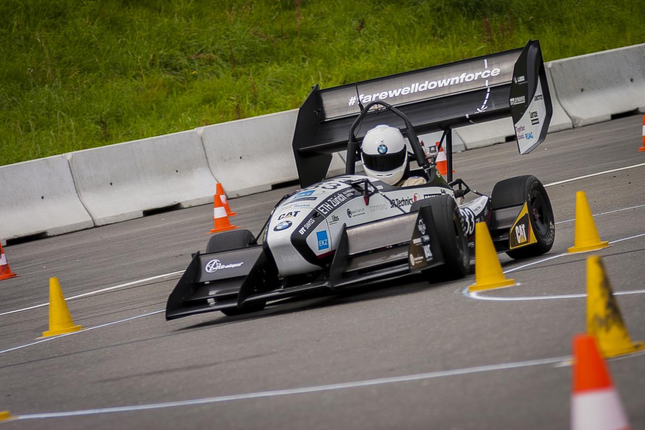 Студенческий электромобиль превзошёл машины Формулы 1