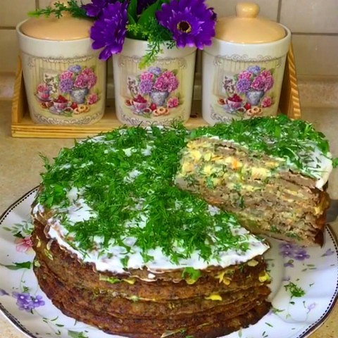 Печеночный торт «Закусочный» с луком, морковью.