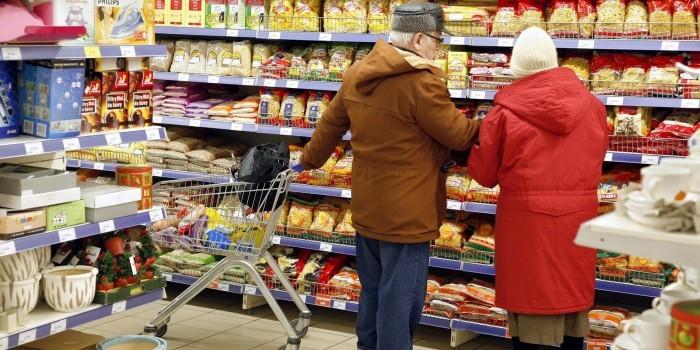 Минпромторг: продовольственные карточки получат 15-16 млн россиян