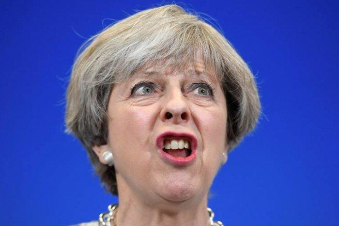 «Хайли лайкли» Тереза влипла в «историю»: Британию призывают извиниться за «дело Скрипалей»
