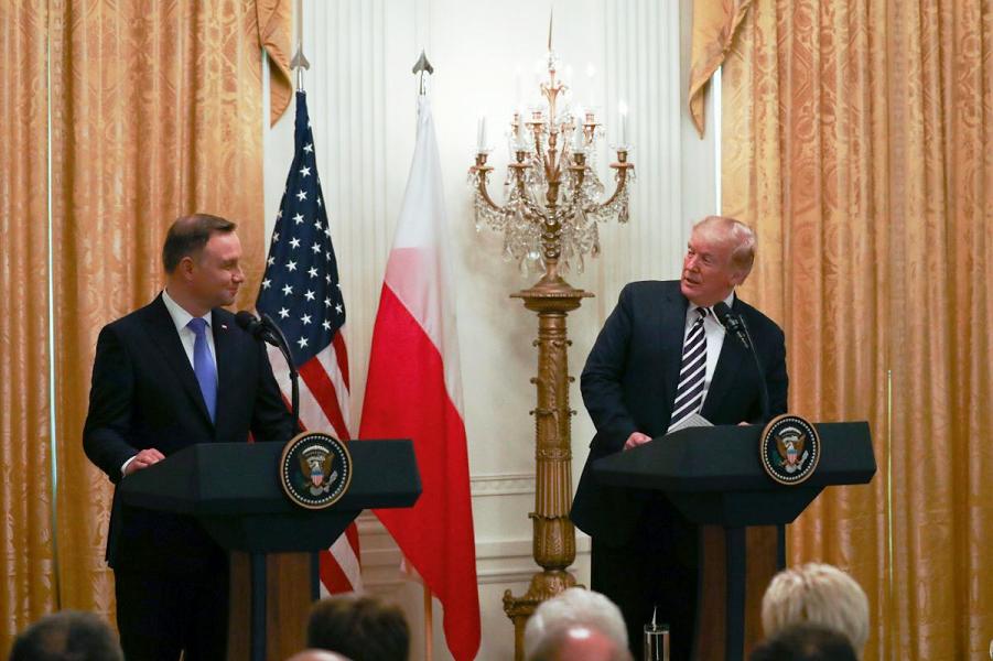 """Грабют! США как свинья-копилка, военная база в Польше и """"Северный поток-2"""""""
