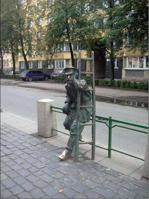Памятник фонарщику. Санкт-Петербург Прикольные памятники, факты