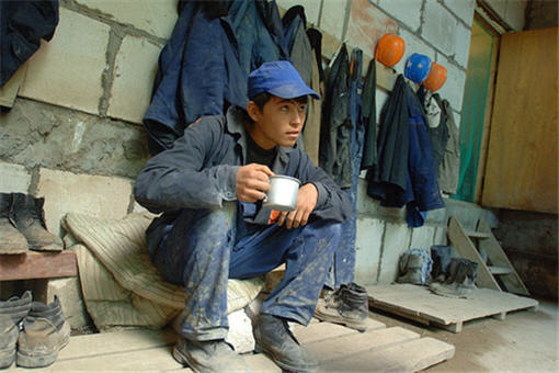 Едет на работу молодой узбек… До 2025 года нам без них не обойтись