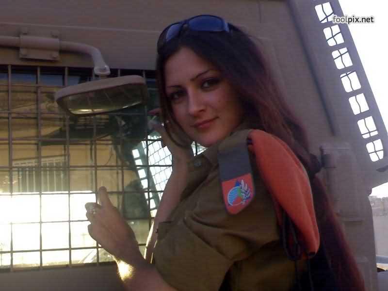 Девушки на службе в армии фото 56