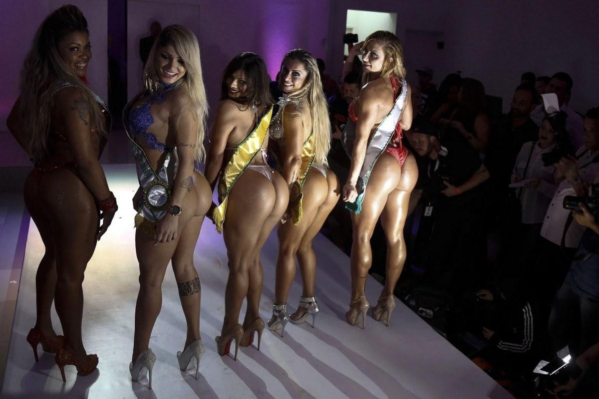 Конкурс девушек бум бум в бразилии