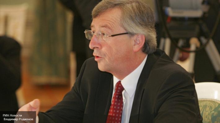 Мы, лохи, отказались от России, а в ЕС не берут: Юнкер довел до слез украинцев