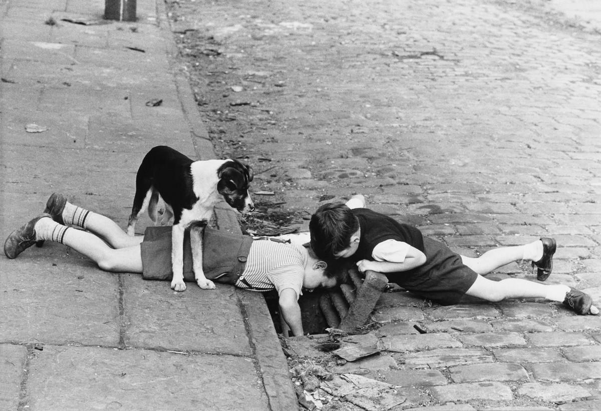 Обаяние трущоб Манчестера в фотографиях Ширли Бейкер 1960-х годов 8
