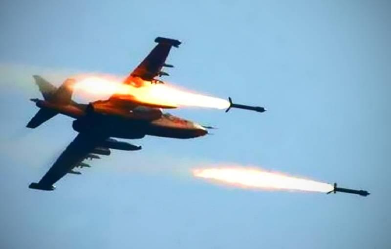 Ювелирные удары ВКС России по боевикам засняли с беспилотника