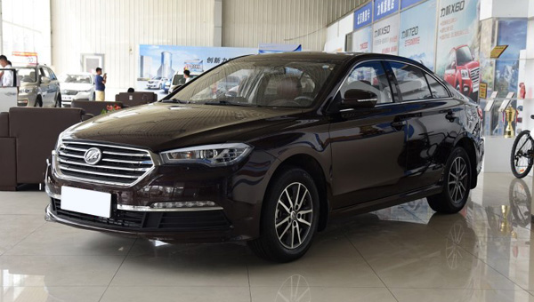 """""""Китайский убийца"""" Toyota Camry будет стоить меньше миллиона рублей"""