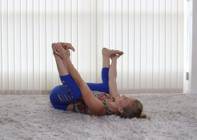 Не можешь разогнуться? 7 простых упражнений на растяжку избавят тебя от боли