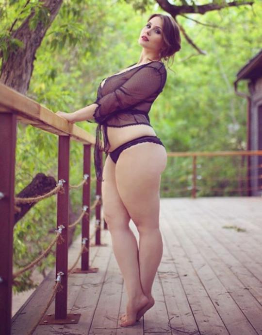 Красивые пышьные формы девушек фото 740-187