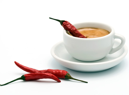 Ученые: рецепт долгой и счастливой жизни – жгучий перец, фрукты и кофе