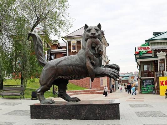 Скульптуру бабра в Иркутске разворачивать не будут