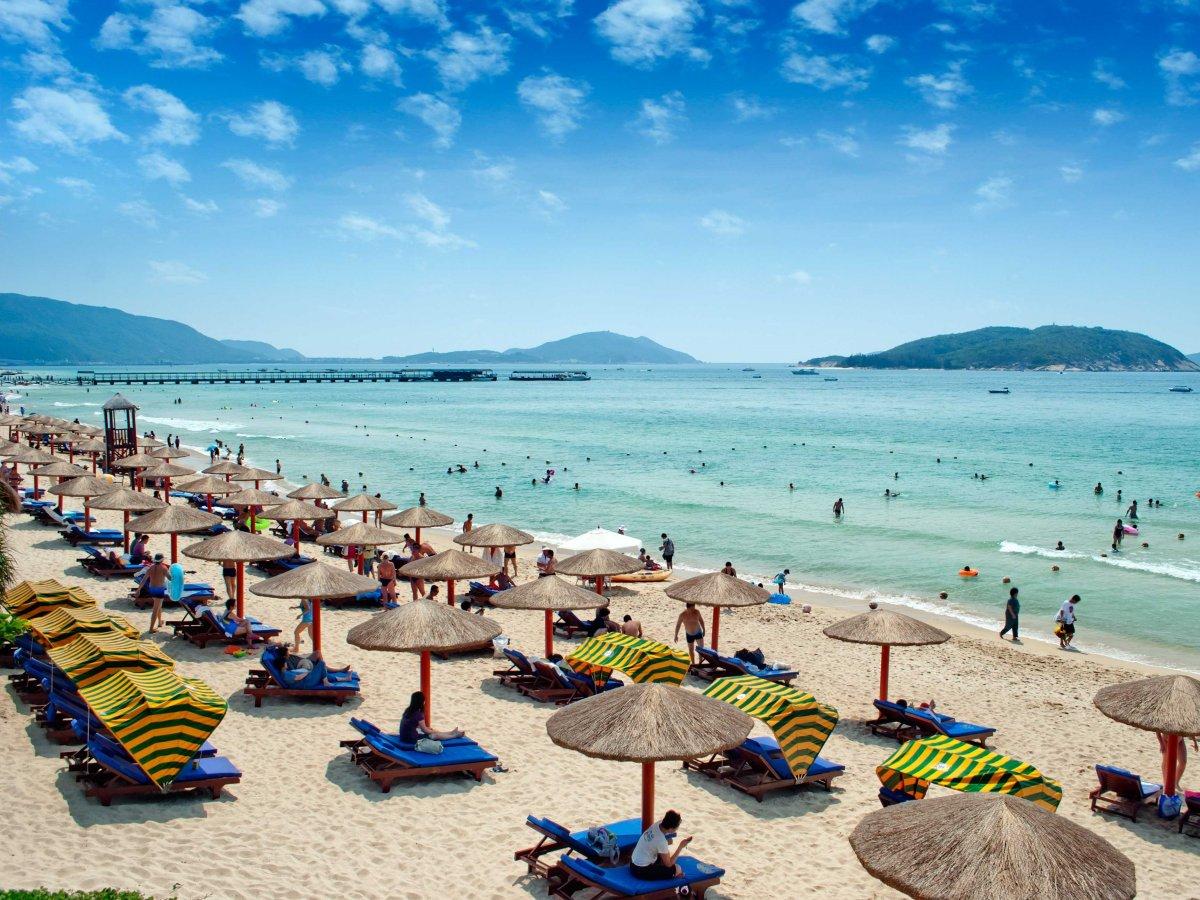 sunbathe-on-the-beaches-of-hainan