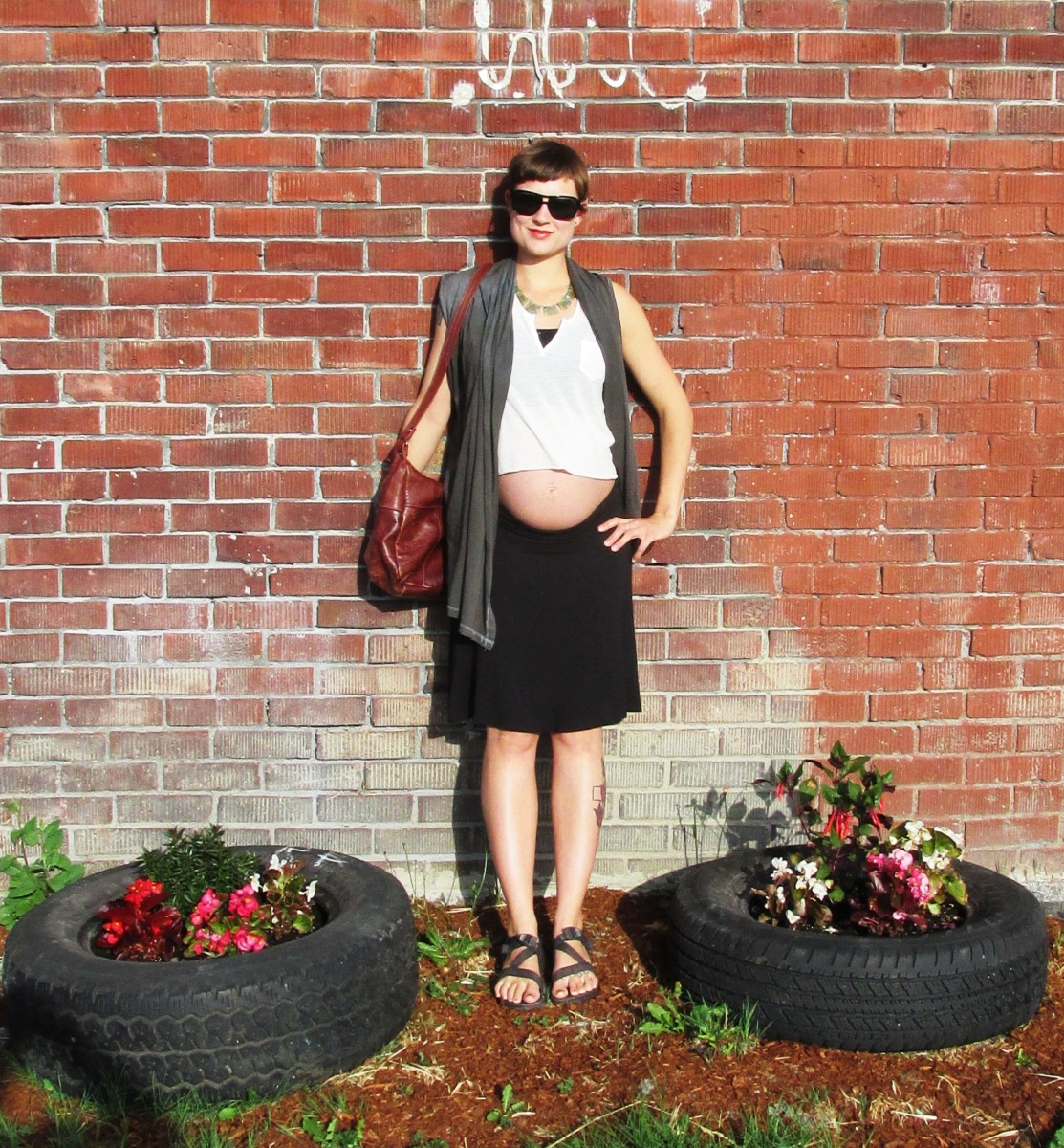 FASHION DARE: I Wore a Crop Top While Pregnant To See How People Would React