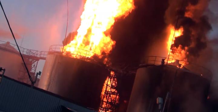 Пожар под Киевом — это второй Чернобыль, кислотные дожди могут пролиться не только над Киевом, но и над Берлином