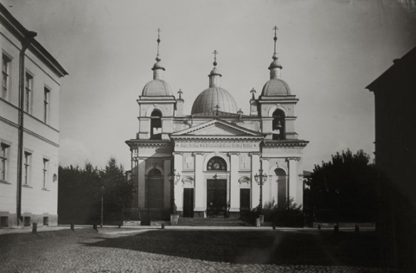 Церковь Рождества Христова на Песках в Санкт-Петербурге