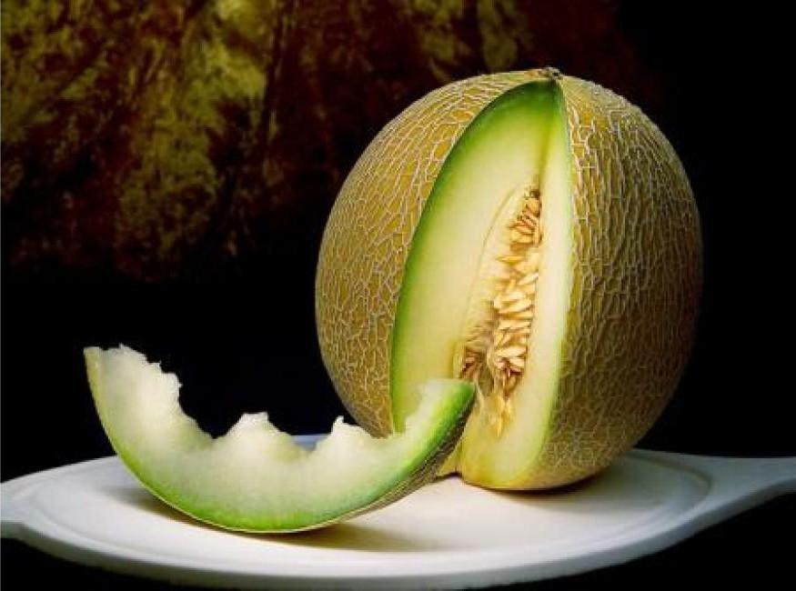 2. Предотвращением заболеваний сосудов и инсульта дыня, еда, здоровье, факты, фрукты