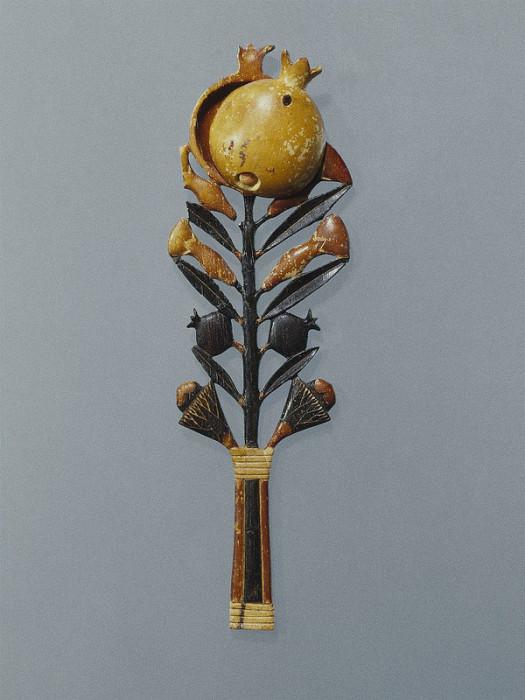 Косметическая ложка. Около 1336-1327 г.г. до н.э. Новое Царство. Конец 18 династии | Фото: www.brooklynmuseum.org