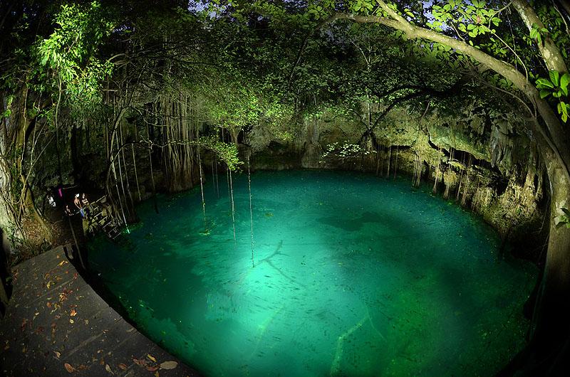 1046 Удивительные подводные пещеры